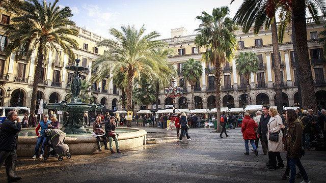 スペインのバルセロナのおすすめ観光地や気温は?人は優しい?情熱的?